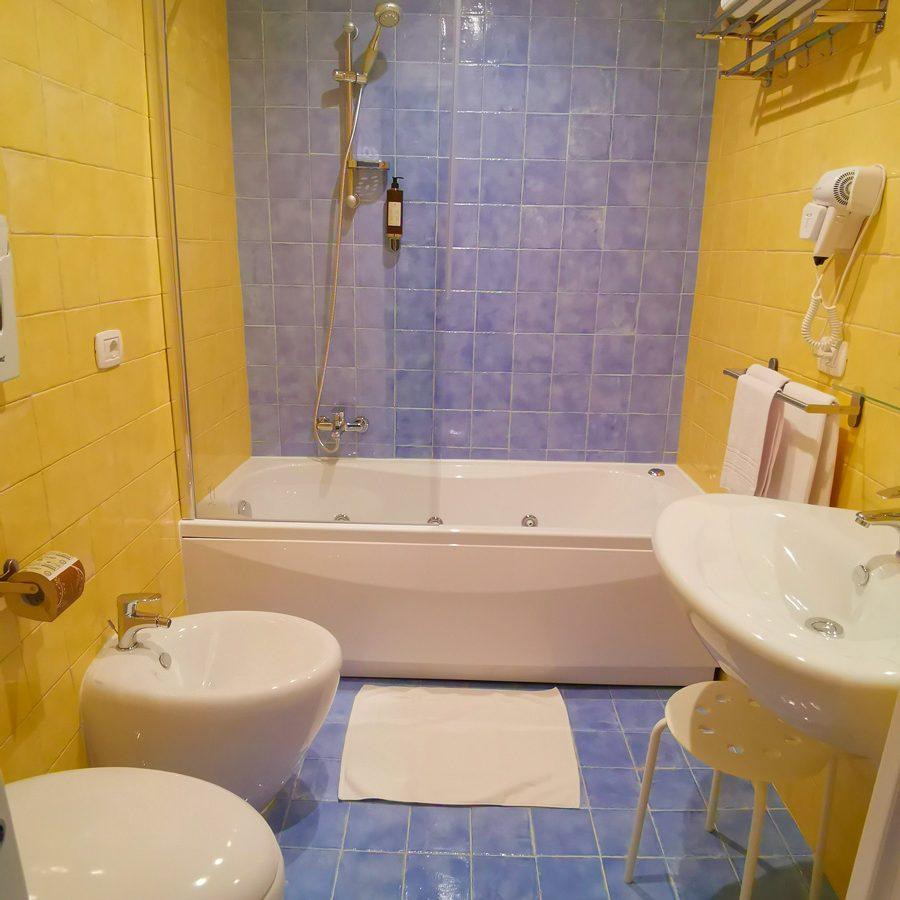 Principessa-di-Casador-Relais-del-Principe-bagno01